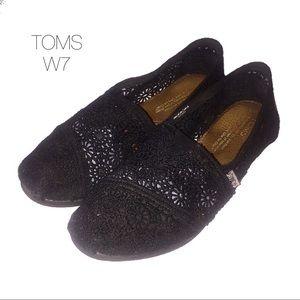 Toms Black Crochet Lace Flat Slip Ons W7